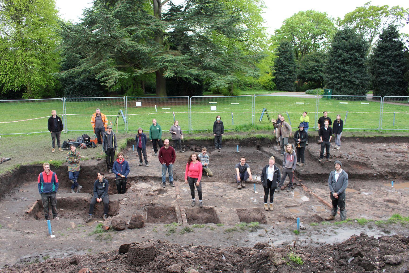 Grosvenor Park Dig 2021 team photo